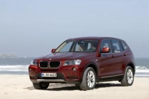 BMW odhalilo podobu nové generace X3 (uvnitř velká fotogalerie + video)