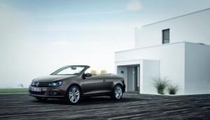 VW zveřejnil podobu faceliftovaného kupé-kabria Eos