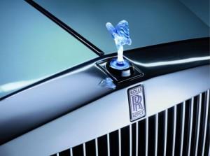 Rolls-Royce koketuje s elektřinou