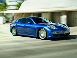 Porsche Panamera: Hybrid i prodloužená verze (video uvnitř)
