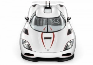 Koenigsegg Agera R – se supersportem na lyže (video)