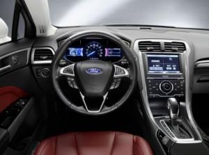 Nový Ford Mondeo nabídne tříválec, hybrid i pohon 4 x 4