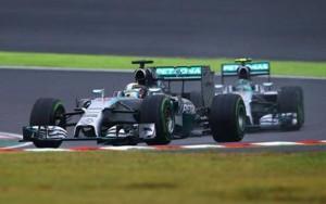 Deštivou GP Japonska poznamenala vážná nehoda